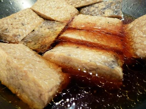 marinating tempeh