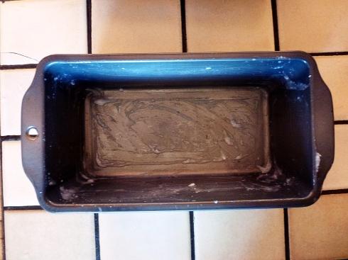 greased tin