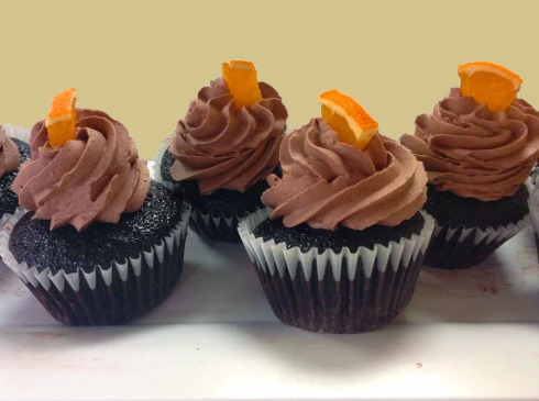chocolate creamsicle cupcake 2